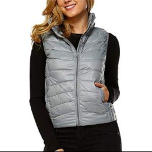 NWT Women's Lightweight Down Quilted Puffer Vest